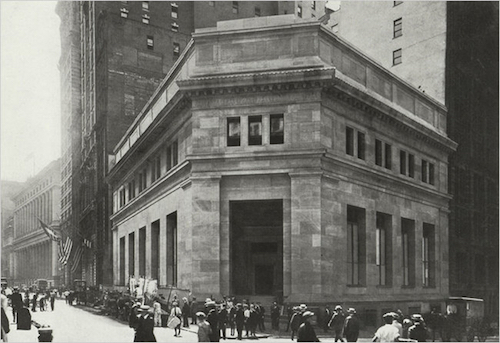 Thomas Frey Futurist Speaker The J. P. Morgan & Company bank building in Manhattan in 1915